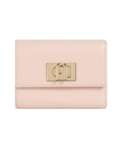 Różowy skórzany portfel