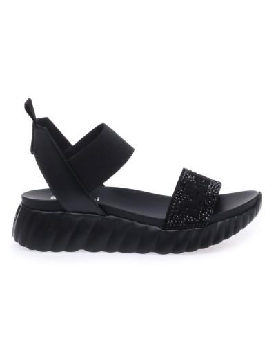 Czarne skórzane sandały na podeszwie 4 cm