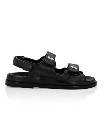 Czarne skórzane sandały