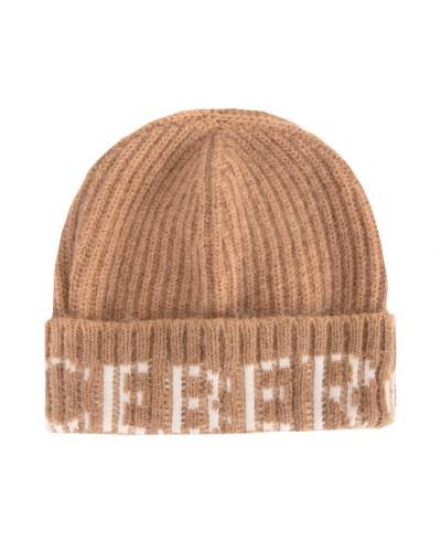 Brązowa czapka