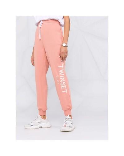 Różowe spodnie dresowe