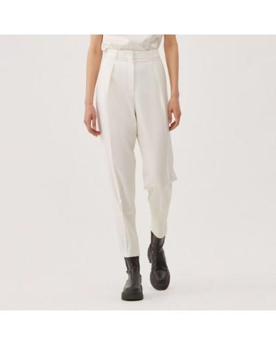 Białe wełniane spodnie dresowe