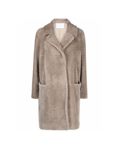 Beżowy płaszcz