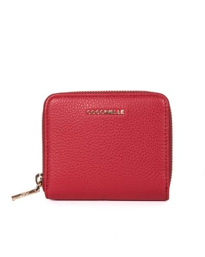 Czerwony skórzany portfel