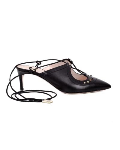 Czarne skórzane sandały damskie wiązane na kostce