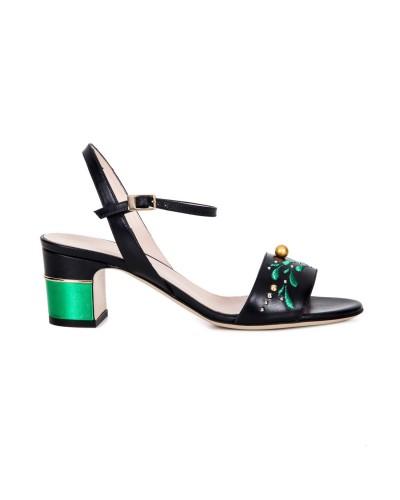 Czarne skórzane sandały damskie na obcasie